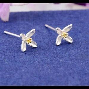 Jewelry - Orchid stud earrings